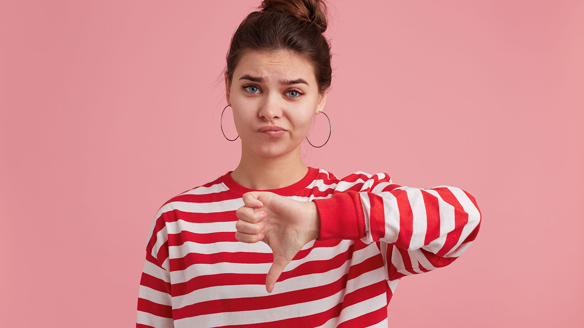 Что делать, если клиент угрожает написать отрицательный отзыв без объективных причин?