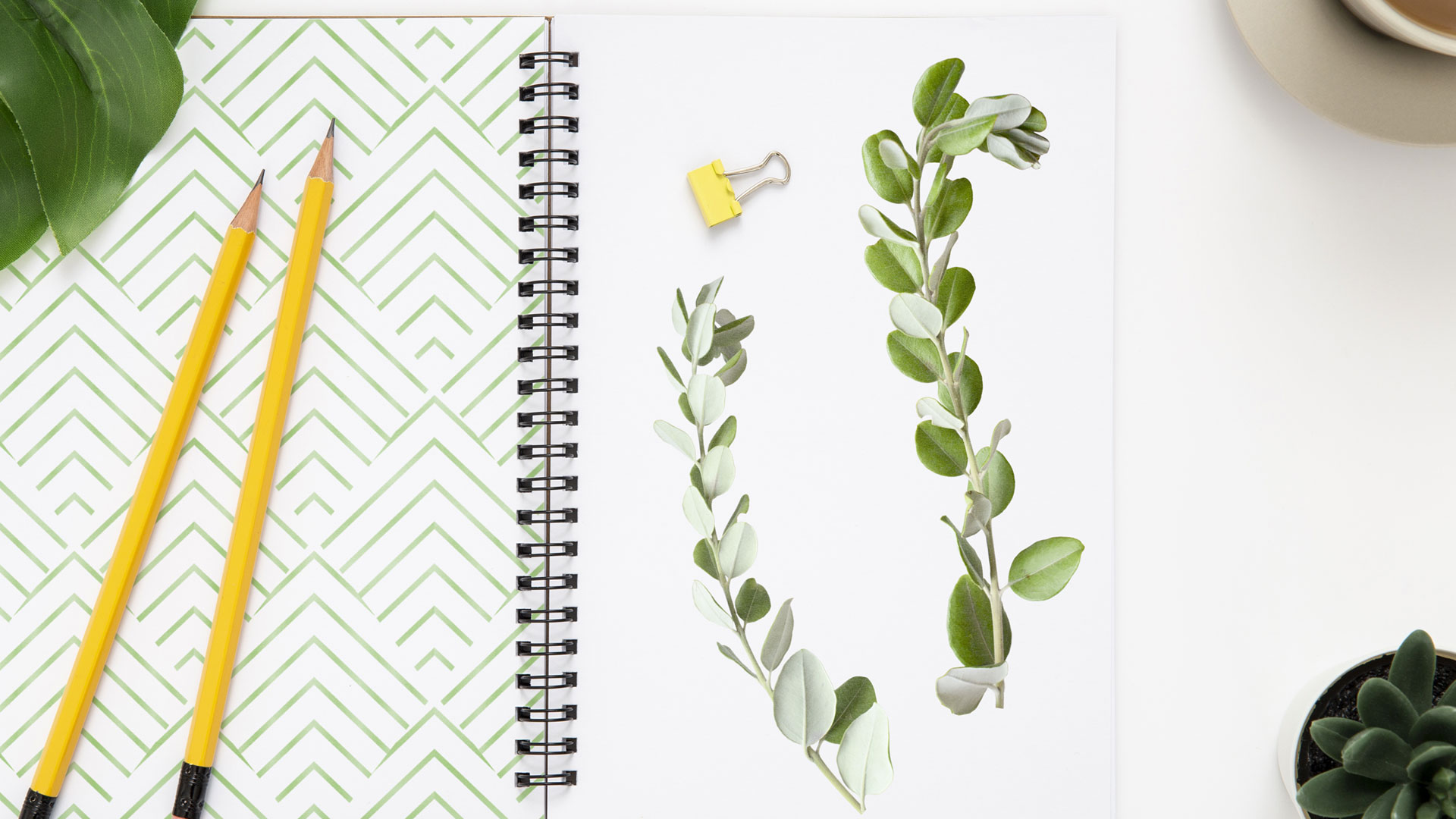 Как нарисовать эскиз гирлянды иззелени