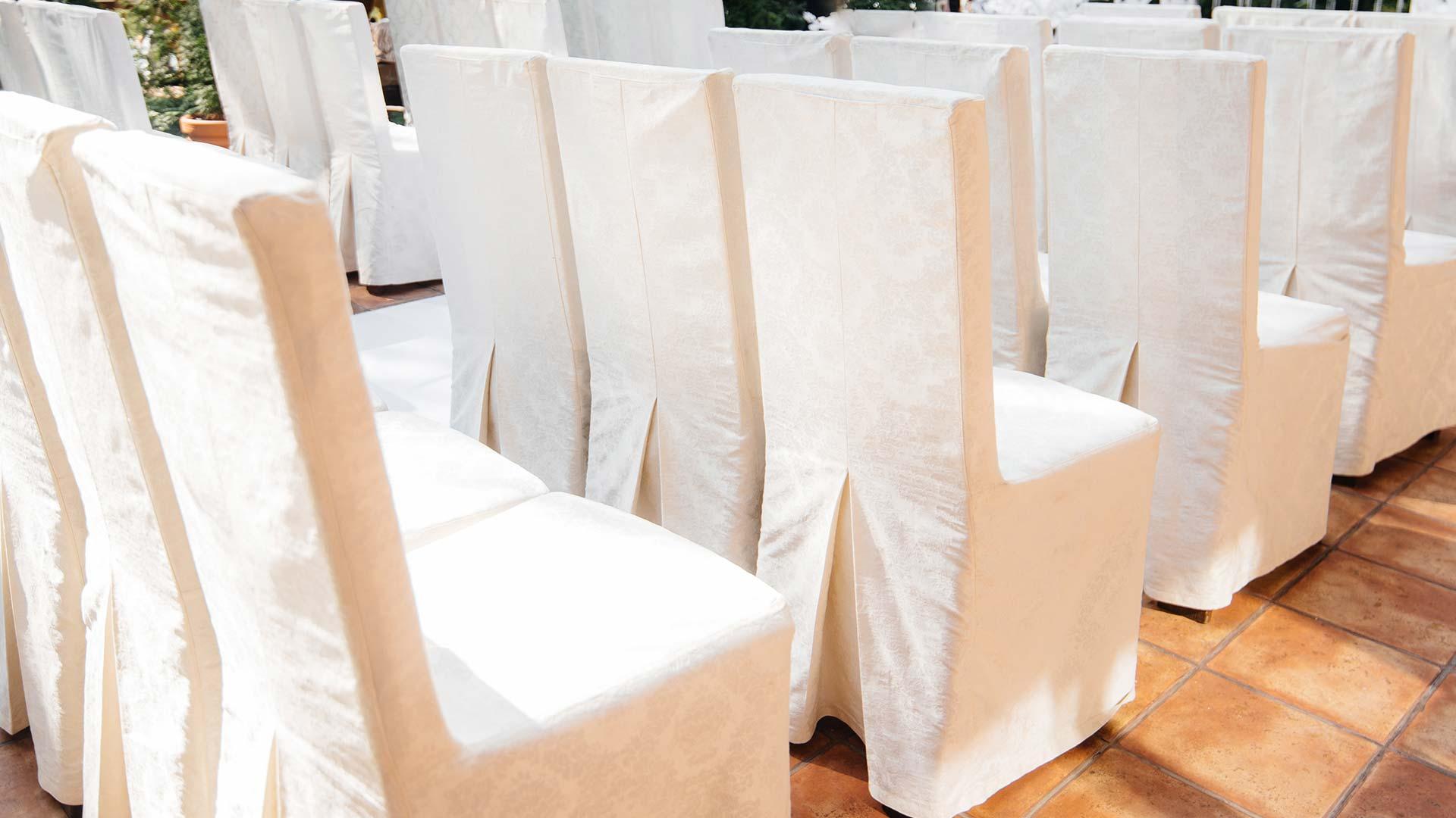 Как рисовать стул вчехле без декора
